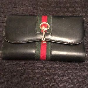 Gucci vintage women's wallet